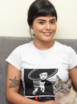t-shirt-mockup-of-a-woman-posing-with-her-cat-30676-min (1)